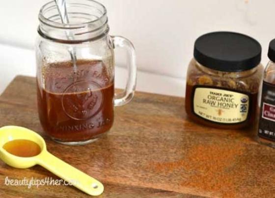Se spune ca mierea cu scortisoara este buna pentru tine, dar iata ceea ce nu stii