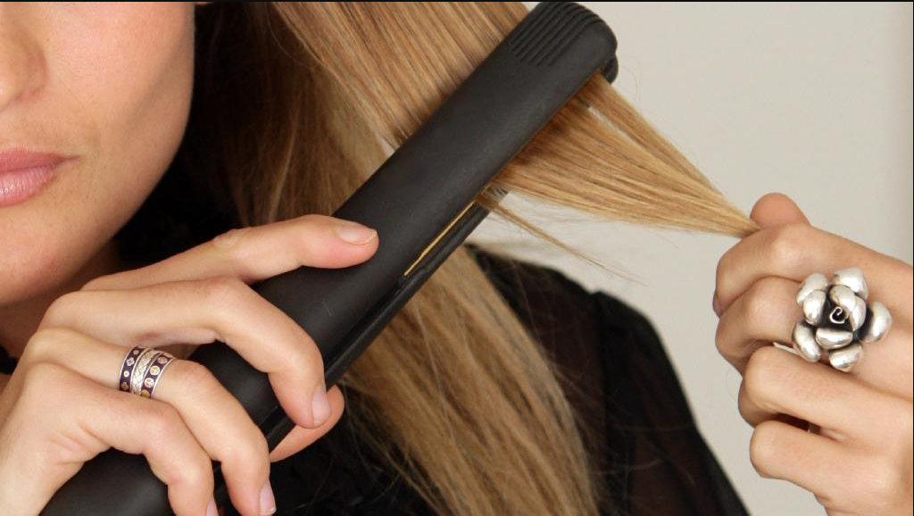Tratamente naturiste pentru părul ars cu placa sau cu vopsea