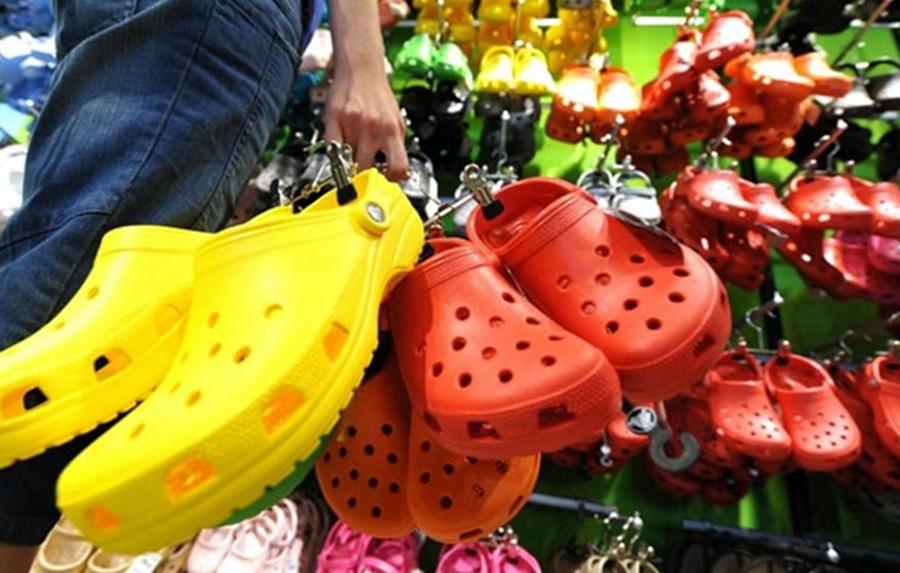 De ce nu este bine sa porti aceste tipuri de sandale?!