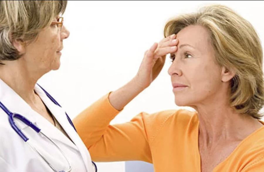 10 lucruri pe care fiecare femeie trebuie sa le stie despre menopauza