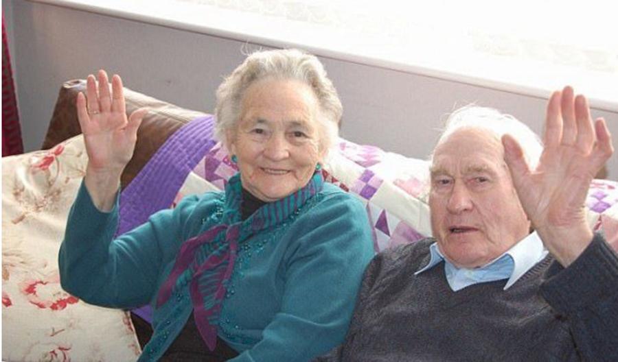 Au fost casatoriti 71 de ani si au murit la 4 minute distanta. O poveste de dragoste emotionanta