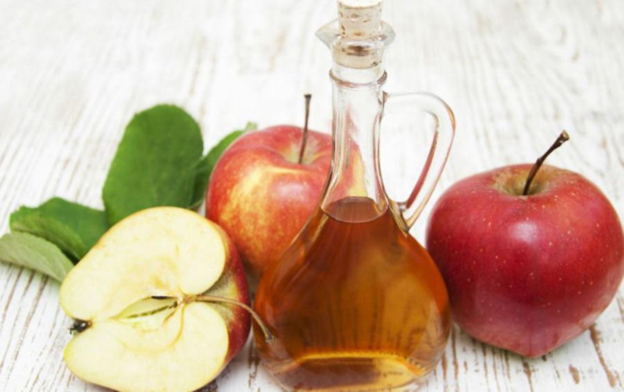 Oţetul de mere: utilizări recomandate de Dr. OZ
