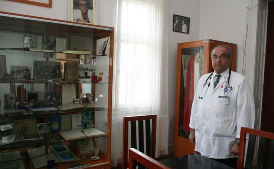 "Prof. dr. Gabriel Prada: ""Lipsa acestei vitamine favorizează apariția bolii Alzheimer și a altor boli neuronale"""