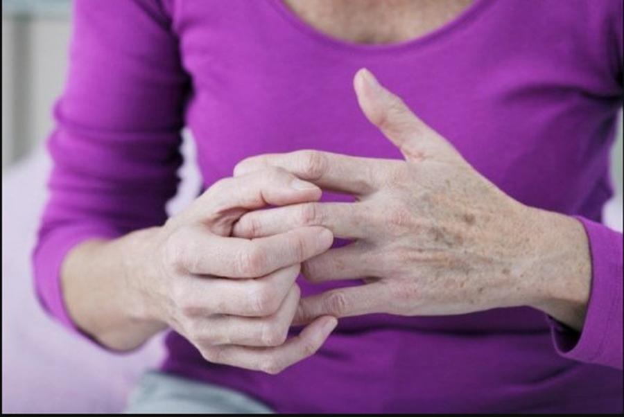 Atentie la banalele dureri articulare! Pot anunta o boala extrem de grava