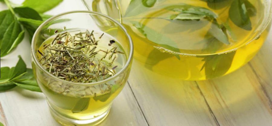Are numeroase efecte benefice, dar poate fi și dăunător. În ce condiții este nociv ceaiul verde