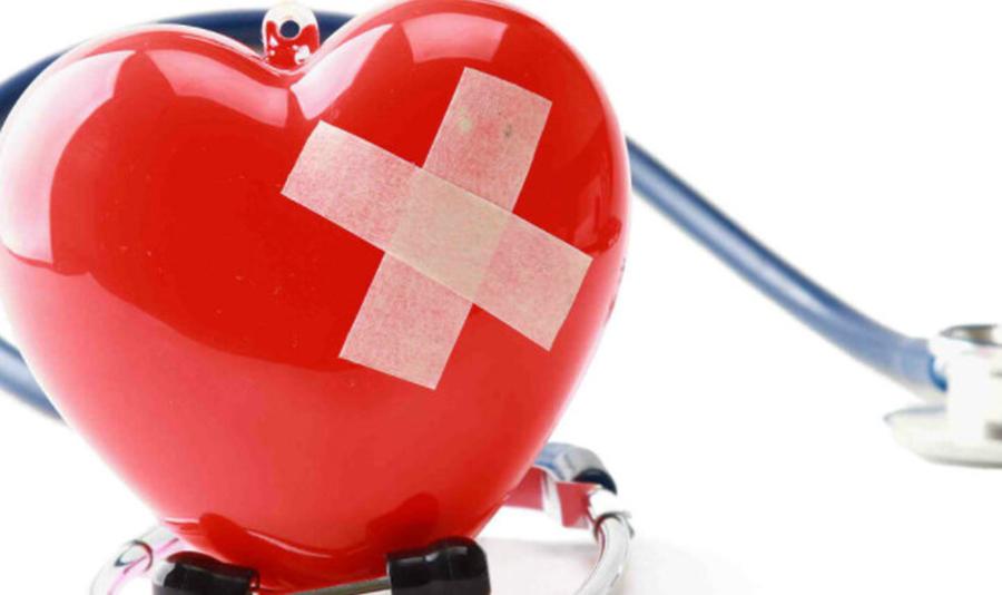 """Boala """"inimii obosite"""": din ce cauză apare insuficienţa cardiacă şi cum se tratează"""