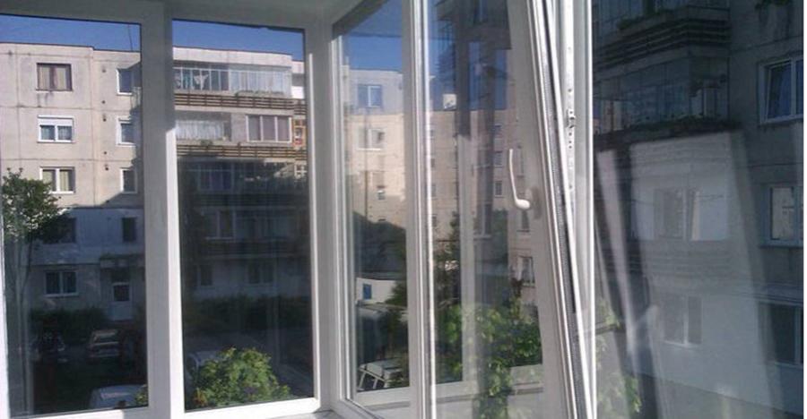 Anunt pentru romanii care au geamuri termopane la bucatarie! Riscati amenzi uriase daca nu faceti asta