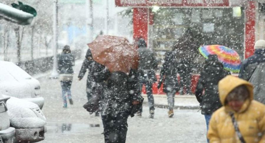 Cum va fi vremea de Crăciun şi de Revelion. Meteorologii au făcut anunţul