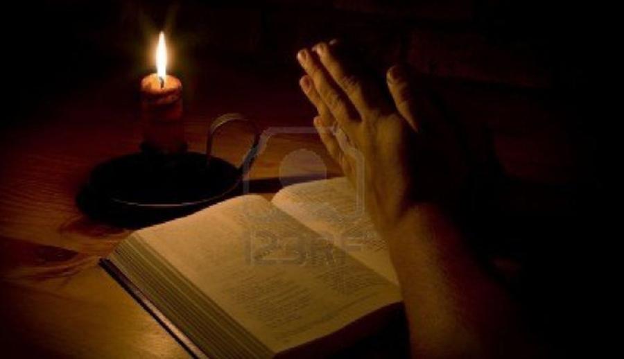 De ce este bine să ne rugăm la miezul nopții