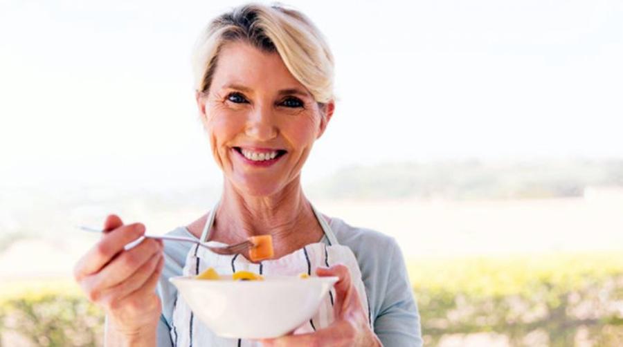 Ce nu ai voie sa mananci la menopauza