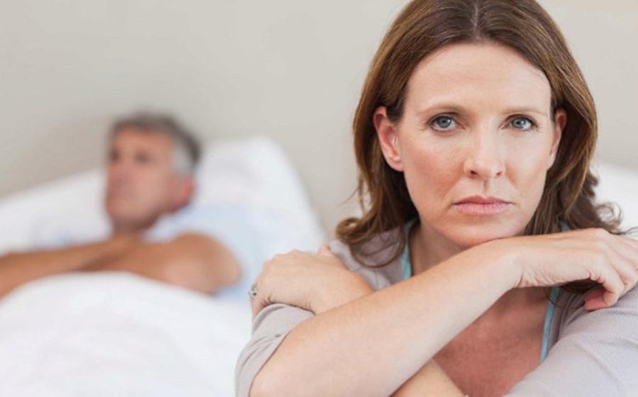 Când o femeie nu mai iubește un bărbat, simte aceste 8 lucruri.