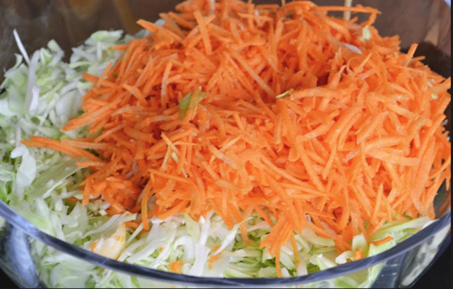 Această salată matinală te ajută să slăbești frumos și sănătos – cum se prepară?