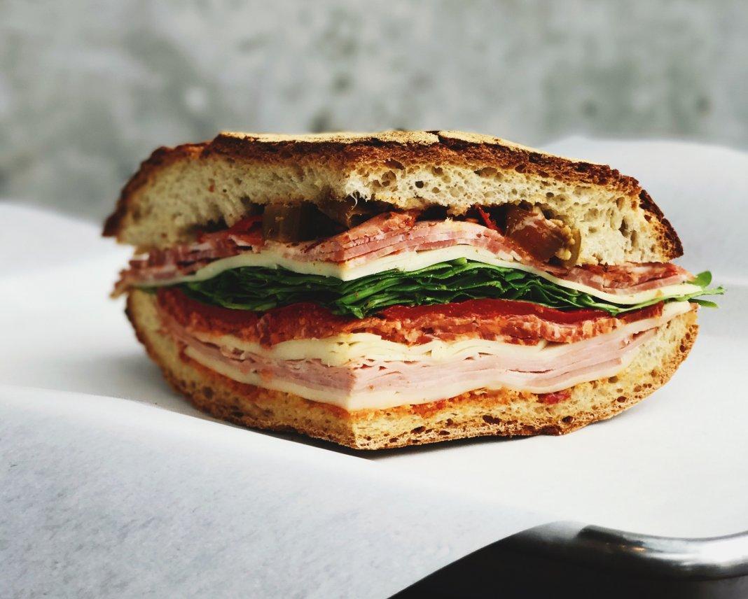 8 mituri alimentare – Te-ai păcălit cu ele, dar sunt 100% greșite